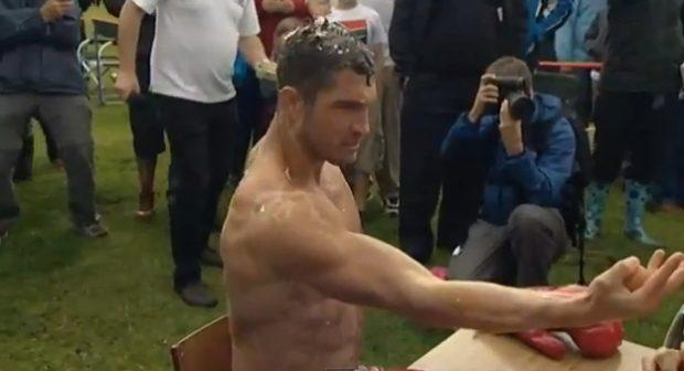 Campeonato mundial de Ruleta Rusa, pero con huevos
