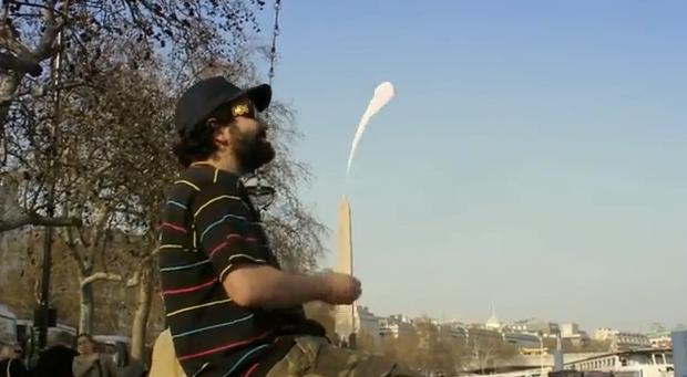 Un hombre masturba a los edificios más famosos de Londres