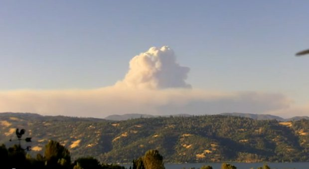 Timelapse de un incendio en el Bosque Nacional de Mendocino