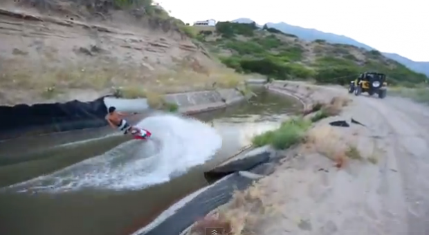 Wakeboarding en el canal