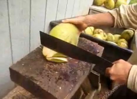 Cómo abrir un coco. Hawaii vs Trinidad