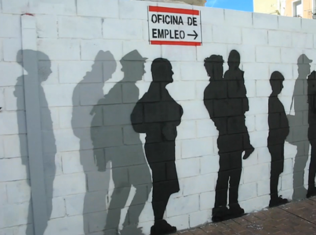 Graffiti en la calle San Pablo de Zaragoza que refleja la situación económica del país