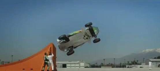 Hot Wheels, récord mundial de salto tirabuzón