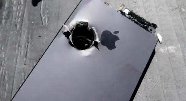 iPhone 5 sometido a una prueba de resistencia extrema