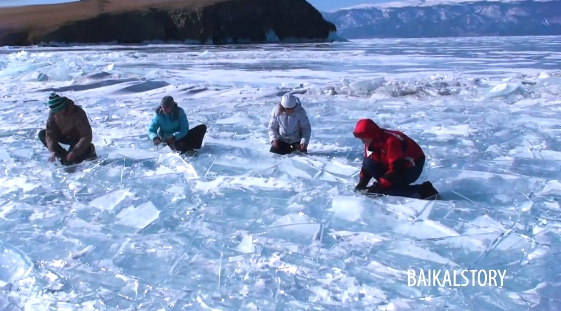 Percusión en el congelado Lago Baikal