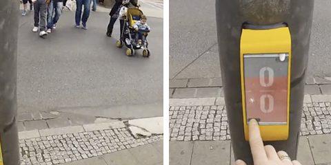 Estudiantes alemanes inventan ''Street Pong'', un juego que ayuda a los peatones a matar el tiempo mientras esperan en los semáforos
