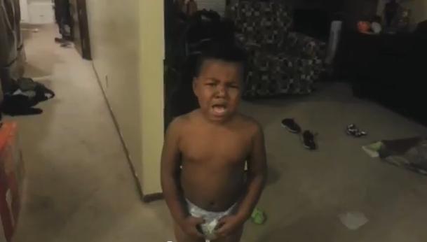 Reacciones de niños cuando sus padres les dicen que se han comido todos los dulces de Halloween