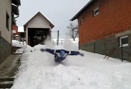 Cómo nadar a mariposa en la nieve