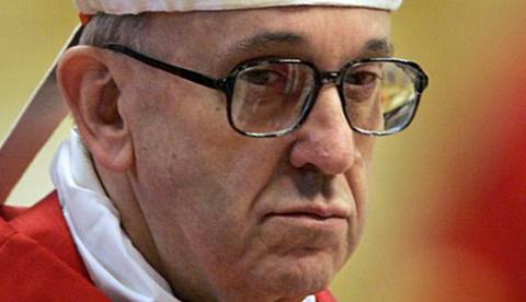 El novio de una tuitera adivina el nombre del actual Papa el día de la renuncia de Benedicto XVI