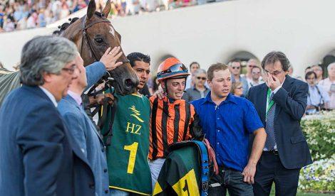 Achtung, un caballo que ganó la carrera del Gran Premio de Madrid cinco horas después de que su preparador muriera de leucemia