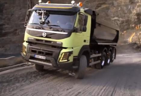 Un hámster conduce un camión de 15 toneladas en una peligrosa cantera de Ourense