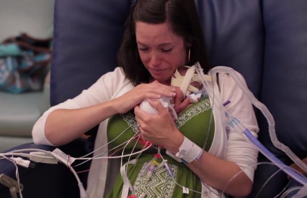 Emotivo vídeo del primer año de vida de un bebé prematuro
