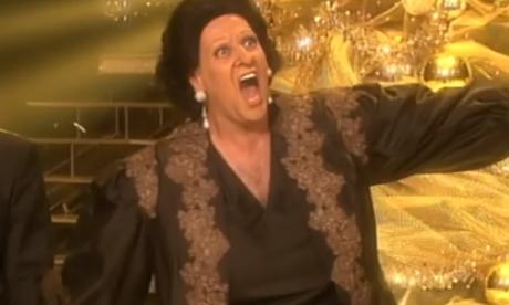 Manel Fuentes y el jurado de 'Tu cara me suena' parodian el anuncio de la Lotería de Navidad