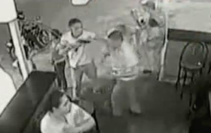 Unos sicarios entran en una discoteca de Cali y matan a 8 personas (vídeo)