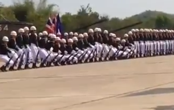 El ejército tailandés, al ritmo de 'The Final Countdown'