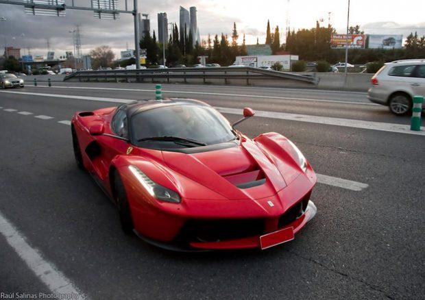 El primer Ferrari LaFerrari ya está en España (fotos)