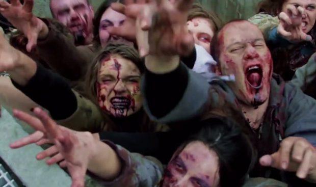 Aterrorizando a los transeúntes con zombies bajo las calles de Nueva York