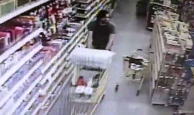 Una mujer impide el secuestro de su hija en un supermercado