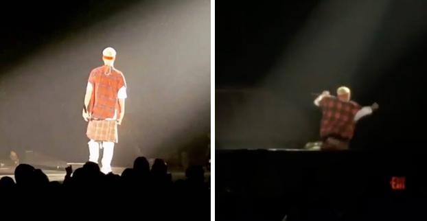 Justin Bieber se cae por un agujero del escenario en pleno concierto (Vídeo)