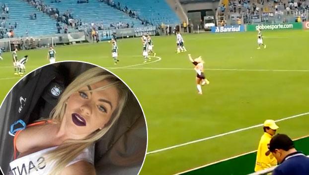 Una brasileña candidata a Miss Bum Bum irrumpe en un campo de fútbol en pleno partido