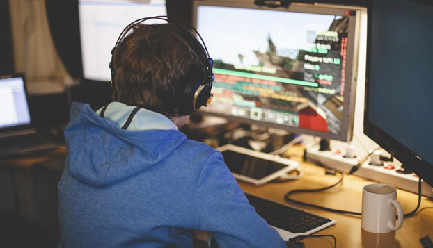 Google perdona los 100.000 euros al niño que quería ser 'youtuber'