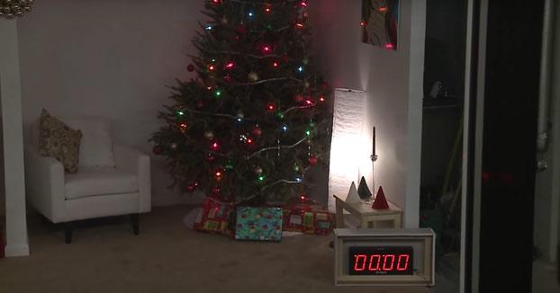 Los árboles de Navidad pueden convertirse en devastadores y mortales en cuestión de segundos