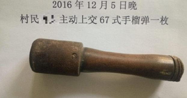 25 años cascando nueces con una granada de mano sin darse cuenta