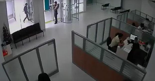 Vaya, el robo del banco no salió como esperaban...