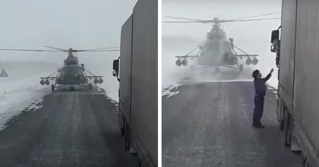 El piloto de un helicóptero militar se pierde y aterriza en una carretera para pedir indicaciones a un camionero