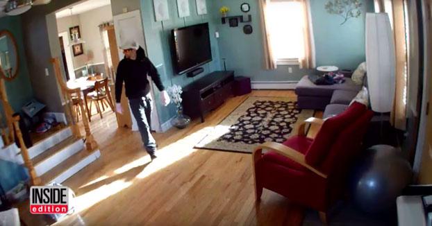Ve como unos ladrones entran en su casa para robar gracias a un sistema de vigilancia en directo