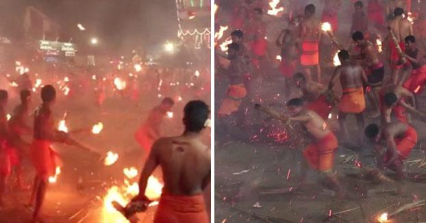 ¿Tomatina? En la India la fiesta es más loca: Se lanzan antorchas entre ellos