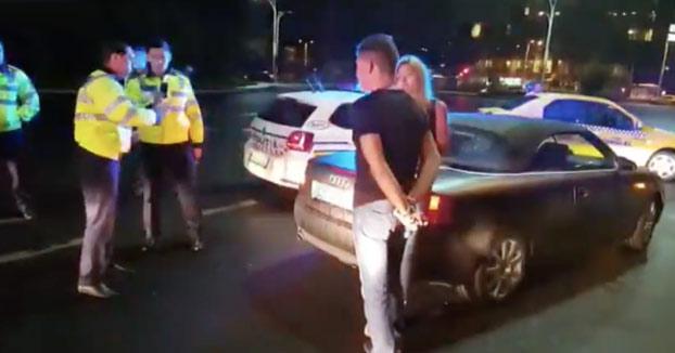 Un policía pone a dormir a un político borracho que le metió una patada en los huevos