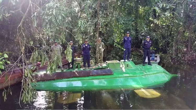 ejercito colombia encuentra narco submarino