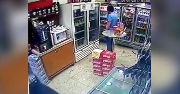 Un policía vestido de civil mata a quemarropa a un ladrón