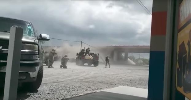 Enfrentamiento entre un convoy militar y un grupo del Cártel del Golfo