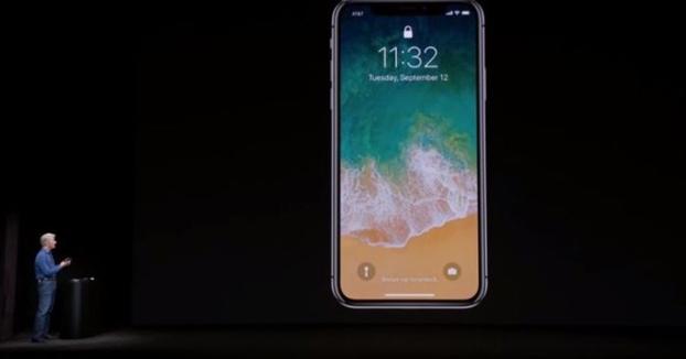 El FaceID del iPhone X falló dos veces durante su presentación (Vídeo del momento)