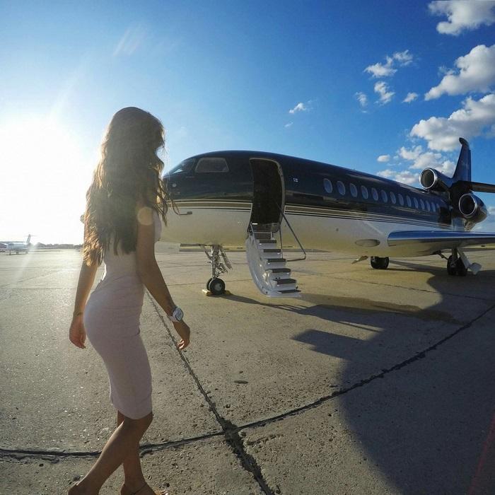 Esta compañía alquila jets privados para hacer sesiones de fotos y así engañar a tus seguidores de Instagram