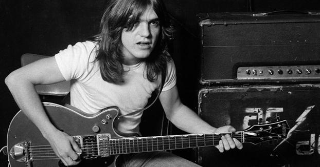 DEP Malcolm Young, guitarrista y cofundador de AC/DC