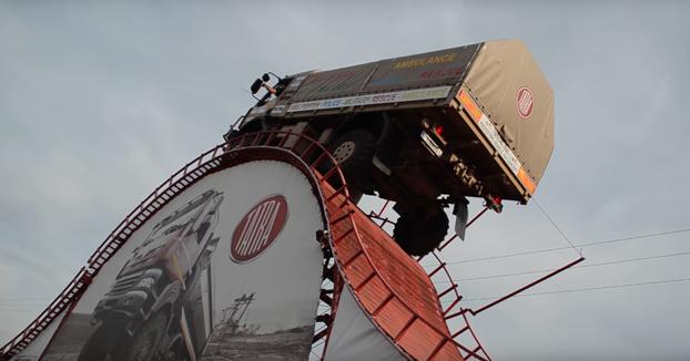 4x4 extremo: Record del mundo de un camión Tatra subiendo una colina