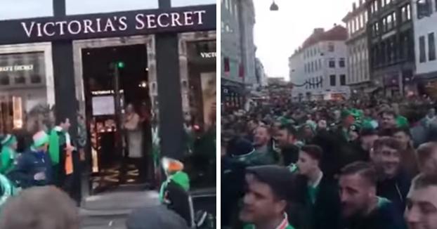 ¿Qué hacen todos estos fans irlandeses en la puerta de una tienda de Victoria's Secret? Mira...