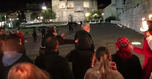Respuesta de las manifestantes a las provocaciones machistas de un individuo en Valladolid