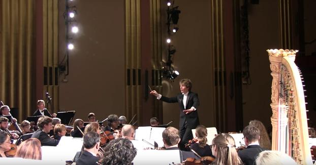 Susto en el concierto de música clásica