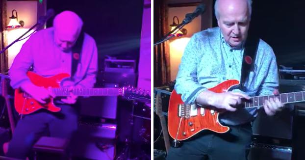 Este abuelo es un auténtico crack con la guitarra eléctrica