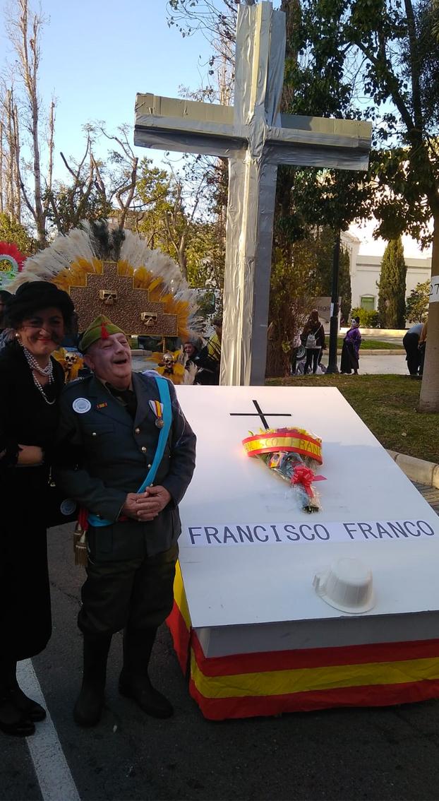Parece que Pedro Sánchez ya ha exhumado a Franco y este anda por Cartagena