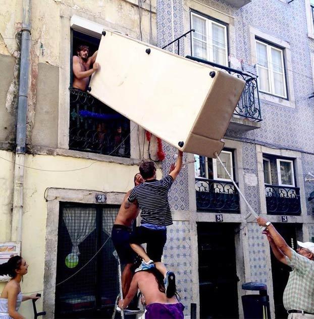 Tras la obra renacentista de la paella, llega ''La Mudanza''