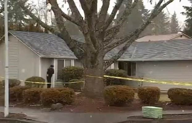 Un padre organiza un falso asalto a su casa para ocultar que robó el dinero que su hija había ganado vendiendo galletas