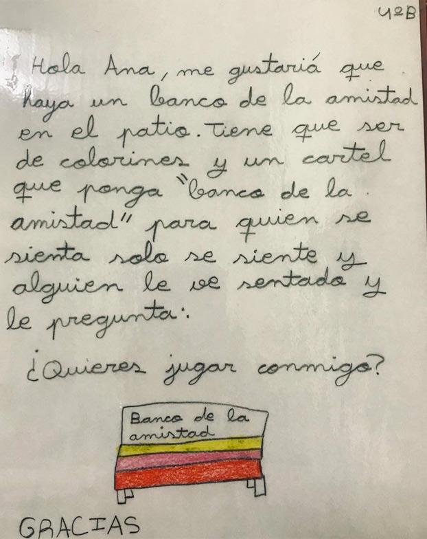 La propuesta de una niña de Burgos a su colegio: poner un banco de la amistad
