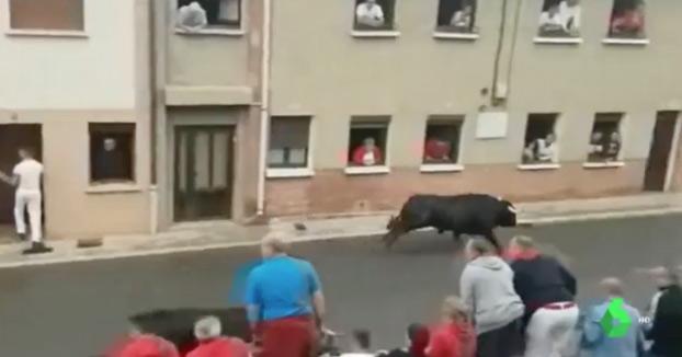 Un joven de 26 años corneado de gravedad en el encierro de Sangüesa, en Navarra