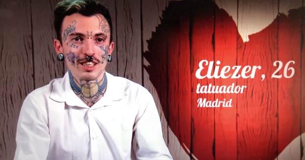 Eliezer: ''Tengo una Hello Kitty tatuada en mis partes íntimas y un pene con alas y turbopropulsores en la cabeza''